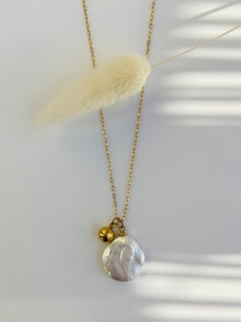 collier doré perle