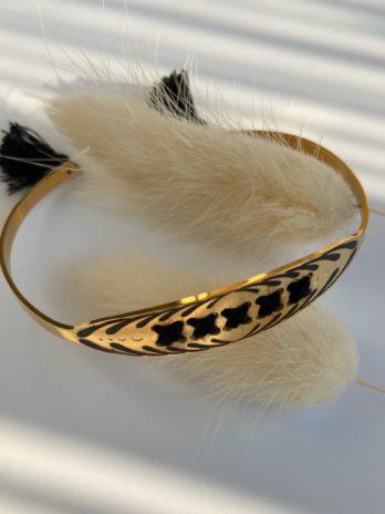 Bracelet doré pompom noir