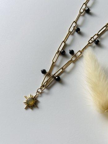 Collier doré soleil et perles