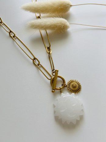 Collier doré grosses mailles et soleil pierre naturelle
