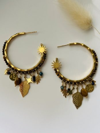 Boucles d'oreilles dorées pierres naturelles et breloques