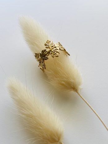 Bague dorée feuilles
