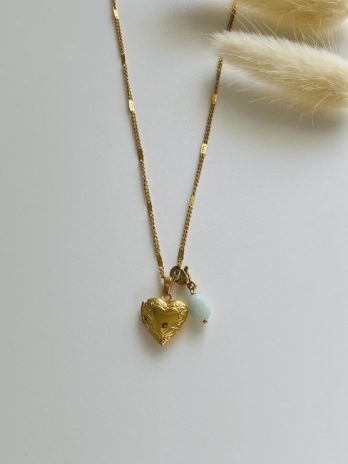 Collier doré coeur secret et pierre naturelle