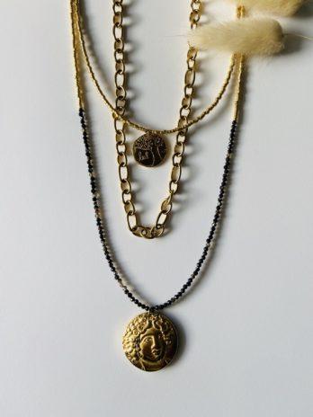 Collier doré trois rangs médaillon