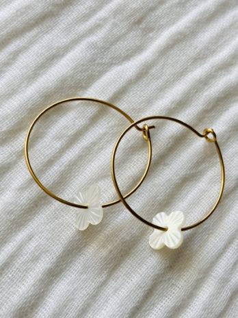 """Boucles d'oreilles """"collection coton"""" créoles fleurs nacres"""